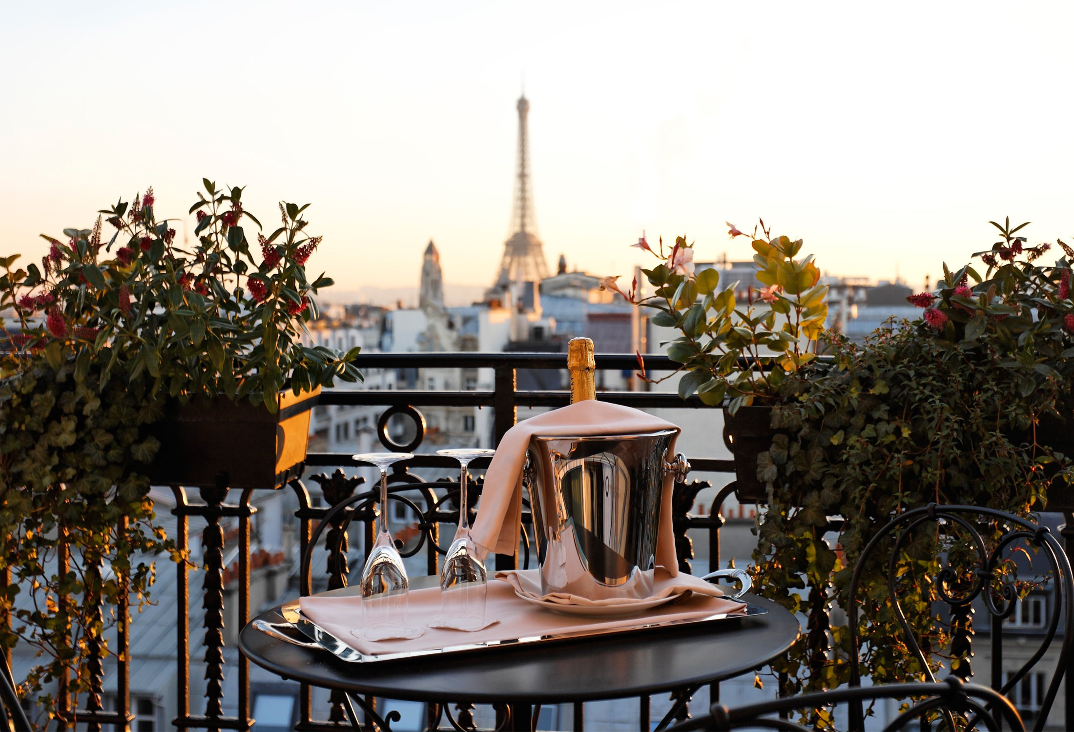 Royal Suite Terrace Eiffel Tower View Hotel Balzac Paris