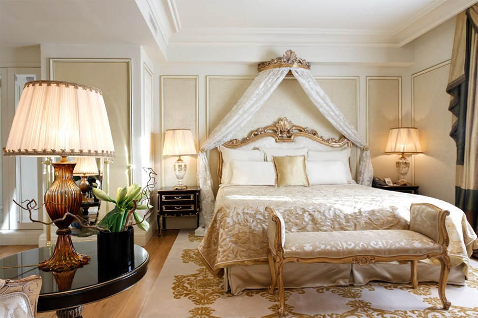 Royal Room Royal Khaleej Suite Inviting Project On H3