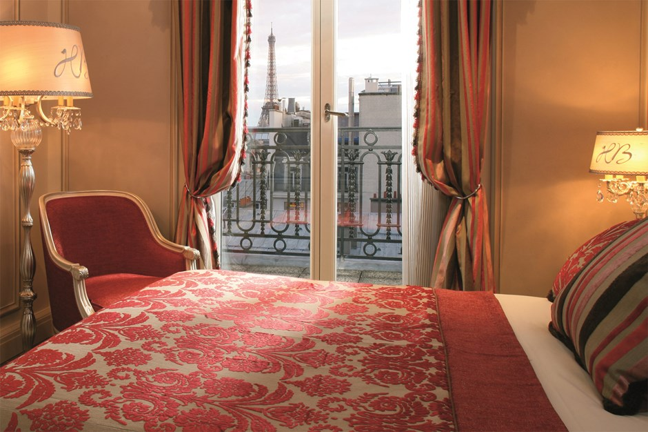 Superior rooms h tel balzac champs elys es paris for Best view of eiffel tower from hotel room