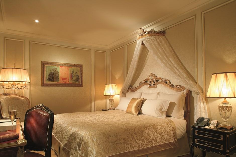 Presidential Suite Hotel Balzac Champs Elysees Paris