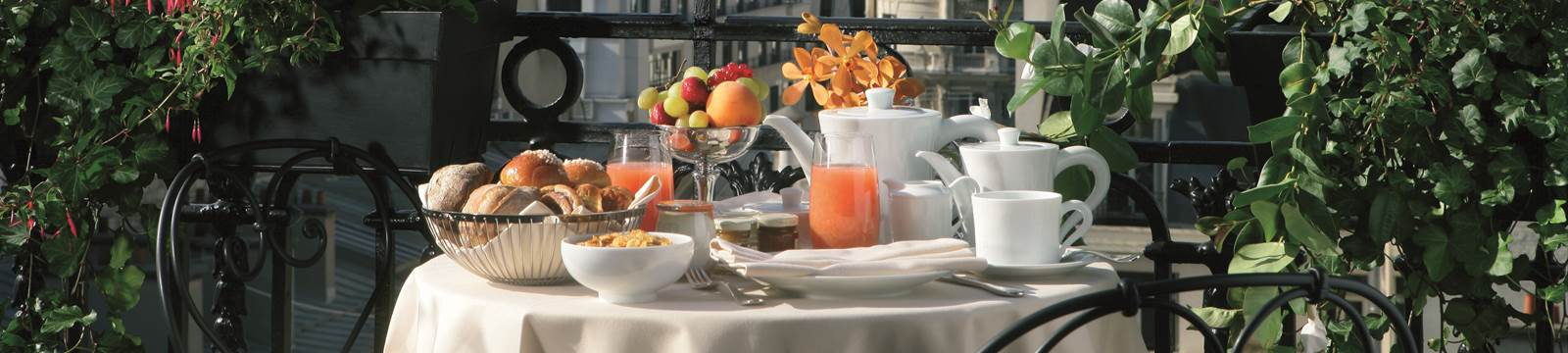 Breakfast Eiffel Tower View Royal Suite Hotel Balzac Paris